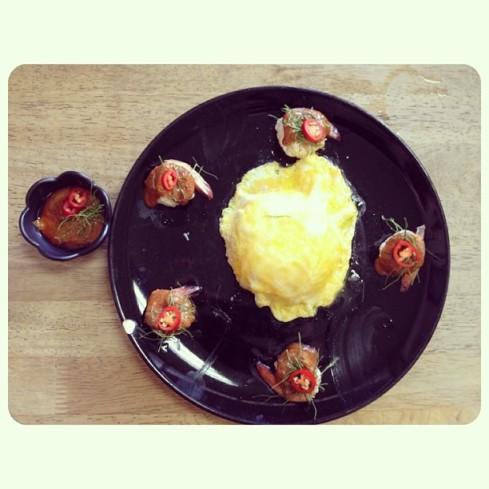 6.8.58 enjoyenjoyข้าวไข่ข้นซอสต้มยำกุ้งน้ำข้น