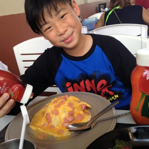 16.03.59  16.30  ข้าวไข่ข้นแฮมขอบคุณภาพจากคุณMessi Muang   httpswww.facebook.comphoto.phpfbid=173041679751147&set=pcb.173043729750942&type=3&theater.jpg