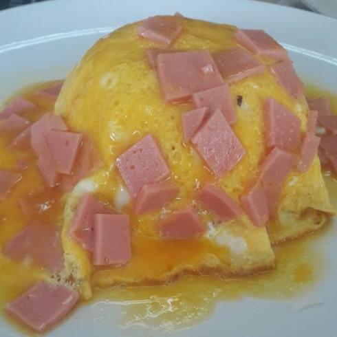ข้าวไข่ข้นแฮม.jpg