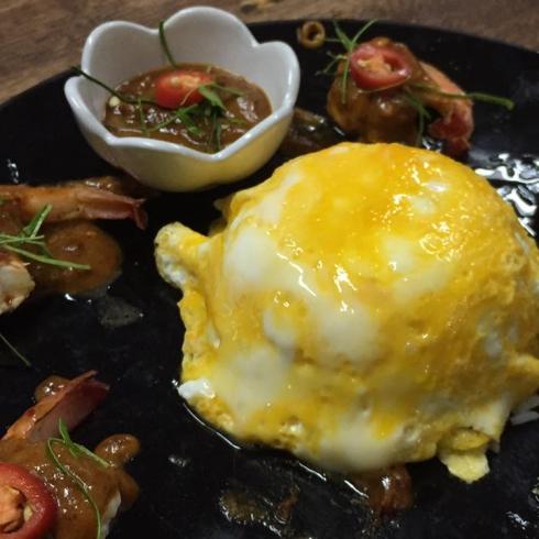 ข้าวไข่ข้นซอสต้มยำกุ้ง.1