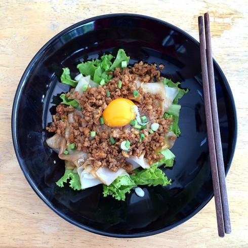 pangsalmon ก๋วยเตี๋ยวหมูสับโบราณ #thaifood #food #egg #noodle #thai.jpg